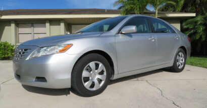 2009 Toyota Camry LE.                               $7950.00